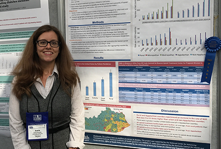 Dr. Amie Goodin wins poster competition at ICPE Meeeting 2017