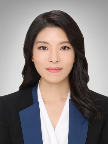 Hyunjin Song